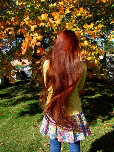 Beautiful long hairstyle,love her color.