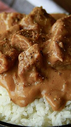 Slow cooker beef tips and gravy.