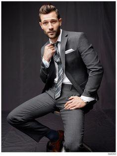 John Halls Models Wall Street Styles + Activewear for Simons image Simons John Halls 002 800x1067