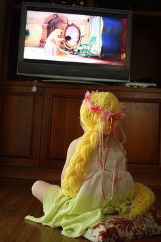 How2 Rapunzel yarn wig