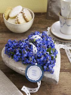 forget me not heart... love, love, love, love, love forget-me-nots  <3