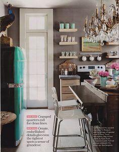 i want that turquoise fridge!