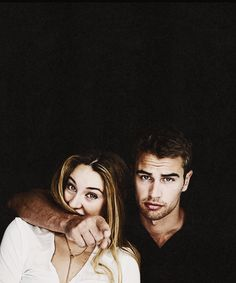 Shailene Woodley and Theo James (Four and Tris in Divergent)