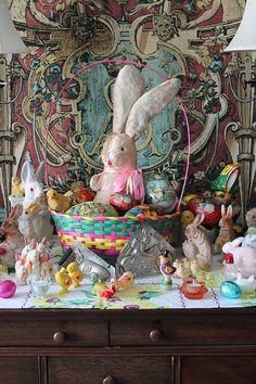 Vintage Easter Center Piece