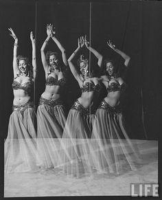 Belly Dancing Life mag.Vintage