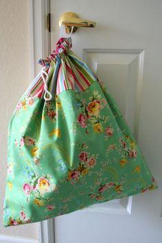 sack, clothespin, diy laundry bags, basement laundry, graduation presents, laundry baskets, diy travel laundry bag, bag tutorials, laundri bag