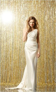 Wtoo Leda Style 11204 | Sleek one shoulder wedding gown