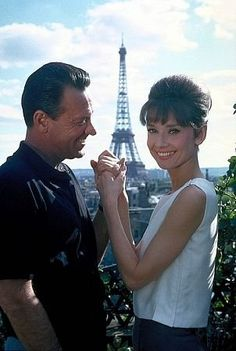 "Audrey Hepburn and William Holden in Paris filming ""Paris When It Sizzles."" audrey hepburn in paris, peopl, icon, eiffel tower, william holden, hollywood, beauti, sizzl, audrey hepburn paris"