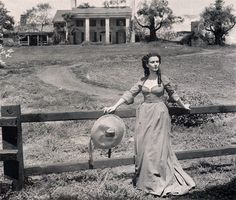 *Production still from the deleted final scene of 'Gone With the Wind'~ Scarlett O'Hara~Vivien Leigh