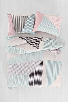 Assembly Home Helmi Geo Comforter | Urban Outfitters