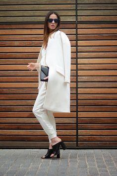 Zina working white. Spain. #FashionVibe