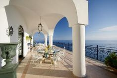 Italian Villas from Italian View - Comfort, Affordability, Joy.
