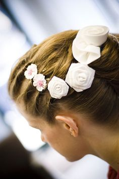 Wedding hairstyles are in this page. Many different style ideas for you.