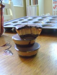 Skinny Chocolate Peanut Butter Cups (S)