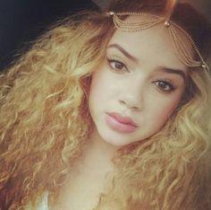 Natural curly hair artist hair, natural curly hair, hair inspir, beauti, hair potion, curlyhair, cur hair, dope hair