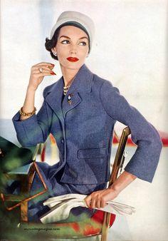 Vogue February 1957 - Photo by Horst