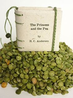 The Princess and the Pea  mini book in elephant dung by Satyrika, €12.00