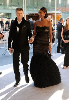 Iman & Hubby David Bowie Celebrate 20 YEARS OF MARRIAGE!  :)