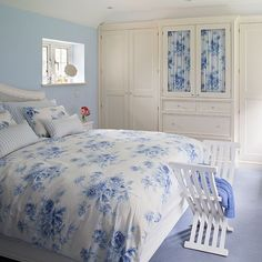 countri bedroom, blue bedrooms, door, cottages, hous, bold blue, blue live, blues, white furniture