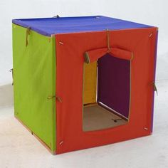 The Colourful Playhouse, the wandering workshop    http://www.thewanderingworkshop.com/thecolourfulplayhouse.html