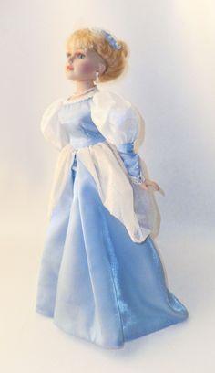 Beautiful Disney Porcelain Cinderella Princess Doll Carrying Glass Slipper | eBay