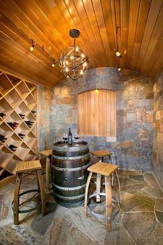 Adega com cantinho para degustação.    contemporary wine cellar by New Mood Design LLC