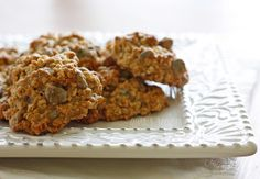 Low Fat Chewy Chocolate Chip Oatmeal Cookies - These cookies are fabulous and they are loaded with chocolate chips in every bite!