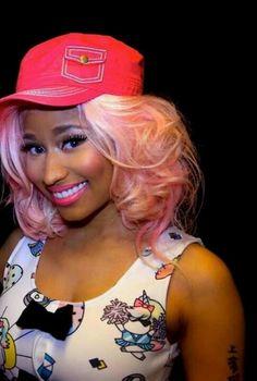 Nicki minaj green hair beez in the trap