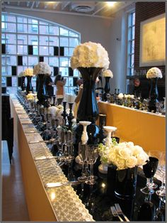 Black and white tablescape Florisity | Events
