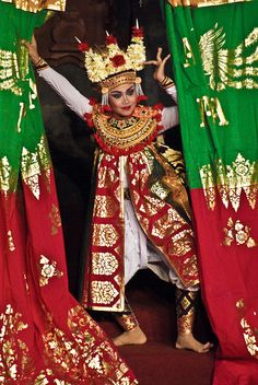 Beautiful Balinese Dancer, Indonesia. || #Bali , #Indonesia #SouthEast #Asia