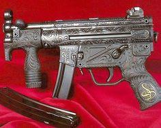 This gun is a piece of art! very nice gun!