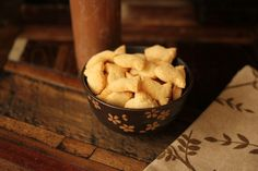 I make a huge batch of these and bring them everywhere. These are perfect for camping trip, days at the park or zoo…you name it! Throw them in your bag and go.When I see parents feeding their children Goldfish Crackers, I want to say, STOP, you are filling them with trans-fats and hurting their brain! Even TIMES MAGAZINE claims Goldfish as one of the top foods NOT to feed your children!