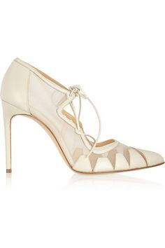 Cute ivory bootie for the bride!