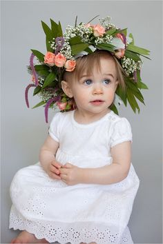 This DIY Crown Is A Need To For Your Flower Girl - http://www.2014interiorideas.com/wedding-ideas/this-diy-crown-is-a-need-to-for-your-flower-girl.html