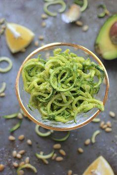 Raw Zucchini Noodles w: Lemony Avocado Pesto