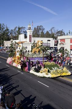 Iggy the Lion was the centerpiece of our 2012 Rose Parade float.