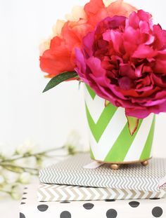 One of our favorite bloggers crafted this adorable cup that is perfect for a few flowers or pencils on your desk. Learn how to DIY with Martha Stewart Crafts glass paints and liquid gilding and instructions from Damask Love. #marthastewartcrafts #12monthsofmartha