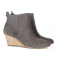 grey suede boots! Kind of cute.