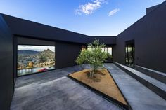Black Desert House / Oller & Pejic Architecture