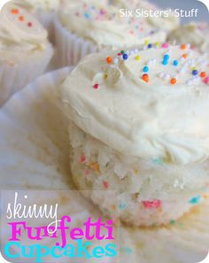 Skinny Funfetti Cupcakes .Only 110 calories per cupcake. I am totally trying this(: