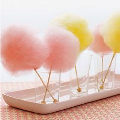 A cotton candy centerpiece? Yes, please!