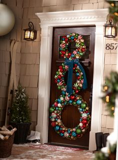 This would be so cute for the front door.