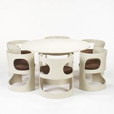 Arne Jacobsen, Dining Suite for Asko, 1971.