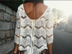 lace shirt / zipper in the back...