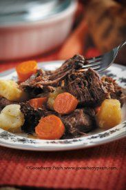 Best Ever Beef Pot Roast - No matter what time of the year, we love pot roast. #recipe pot roast, gooseberry patch, roast recipes, crock pots, beef, food, salad dressings, roasts, slow cooker