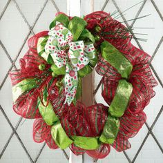 Holiday Sparkle Mesh Wreath