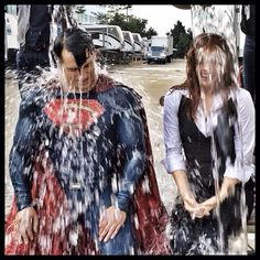 Here is THE moment captured by the very awesome @clayenos. You guys rock! #HenryCavill #amyadams #ALS #detroit #filming #batmanvsuperman #icebucketchallenge #zacksnyder #dawnofjustice #manofsteel #superman #clarkkent #charity