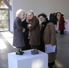 Ron Mueck. Sculptures.