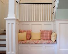 I would very much love a sweet little bench like this in my home.  Isn't it cozy??
