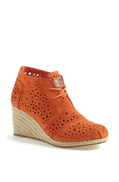 Perforated booties for spring | Toms